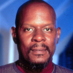 Ten Forward:Episode 17: That Crazy Cat Avery Brooks
