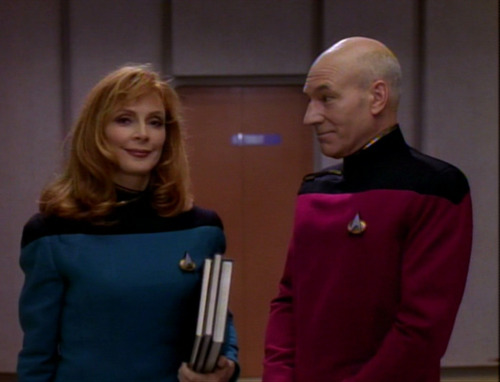 Resultado de imagem para Dr crusher and captain picard