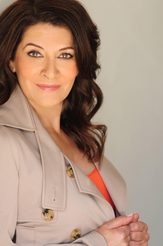 Marina Sirtis stand up