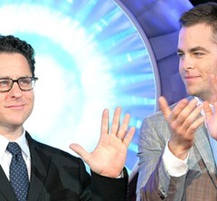 Chris Pine hopes J.J. Abrams treks back from Star Wars