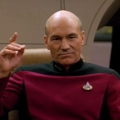 Picard Christmas Carol video (Make it so!)