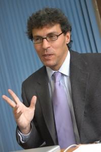 Dr. Miguel Alcubierre