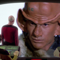 The Last Outpost, TNG S1 E5 Review, The Battle Bridge