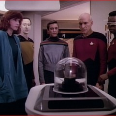Home Soil, TNG S1 E18 Review, The Battle Bridge