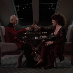 Manhunt, TNG S2 E19 Review, The Battle Bridge