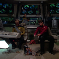 Peak Performance, TNG S2 E21 Review, The Battle Bridge