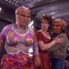 "Ten Forward Episode #152 – Robert ""Techno"" Reyes' Ship Wreck Trek"