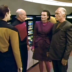 First Contact, TNG S4 E15 Review, The Battle Bridge