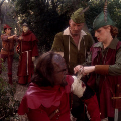 QPid, TNG S4 E20 Review, The Battle Bridge
