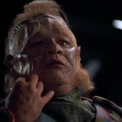 Mortal Coil – Star Trek: Voyager – A Trek Mate Review