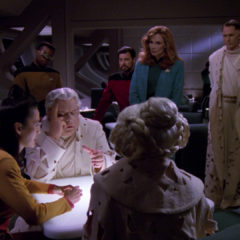 Violations, TNG S5 E12 Review, The Battle Bridge