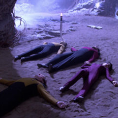 Power Play (no for real this time), TNG S5 E15 Review, The Battle Bridge