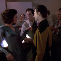 The Perfect Mate, TNG S5 E21 Review, The Battle Bridge